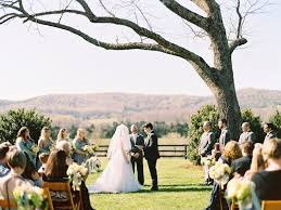 cheap wedding venues in virginia top barn wedding venues virginia rustic weddings
