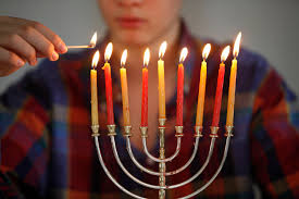 the symbolic meaning of candles in judaism