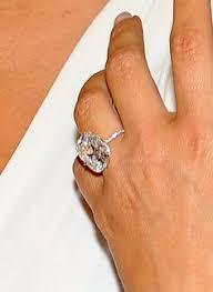 Kim Kardashian Wedding Ring by Smaller Version Of Kim Kardashian West U0027s Ring Put A Ring On It