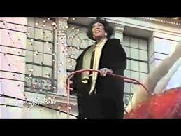 patti labelle at macy s thanksgiving day parade 1990