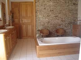 mur deco pierre chambre deco salle de bain bois galerie et salle de bain pierre et