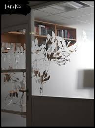univers du siege vitrophanie végétale sur mesure des bureaux du siège social de la