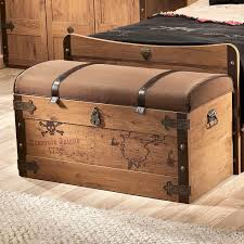 best 25 pirate bedroom ideas on pinterest boys pirate bedroom