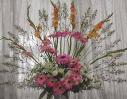 types of flower arrangements delhi online florists different types of flower arrangements