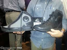 motorcycle boot manufacturers bates footwear launches line of motorcycle boots photos