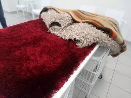 come lavare i tappeti come lavare un tappeto in lavatrice lavanderia self bergamo