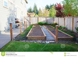 vegetable gardens for small yards small vegetable garden with