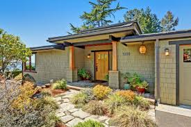 a modern craftsman pulls in views from three tree point curbed