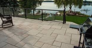 pedestal decking and elevated patios silver creek stoneworks