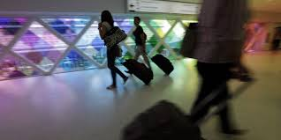 airline carry on policies spark confusion
