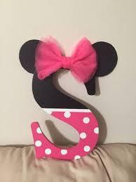 Pink Minnie Mouse Bedroom Decor Best 25 Minnie Mouse Nursery Ideas On Pinterest Minnie Mouse