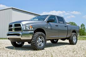 2013 dodge ram 3500 2 u2033 leveling kit i think 35