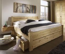 Schlafzimmer Massivholz Schlafzimmer Massivholz Jtleigh Com Hausgestaltung Ideen
