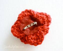 things to make crochet poppy remembrance pin sarahndipities