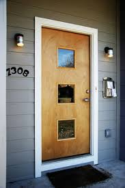front entry door don u0027t like contrasting trim around window panes