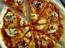 la cuisine de nad recette de pizza à la fourme d ambert