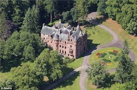 Most Beautiful English Castles Ten Castles For Sale In Uk Now And One Thing That U0027s Not Medieval