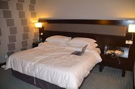 chambre d hotel dubai dé de la partie chambre de l appartement picture of flora