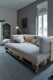 faire un canapé avec un lit palettes en bois 35 cool idées pour en faire des meubles canapé