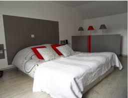 deco chambre gris et blanc déco chambre tête de lit peinture gris anthracite coussin