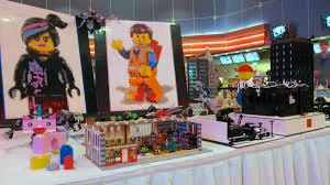 everything is awesome the lego movie premiere display