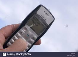 nokia phone hand stock photos u0026 nokia phone hand stock images alamy