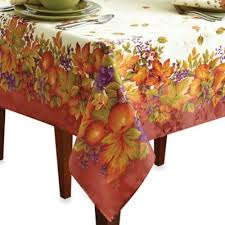 thanksgiving table cloth table idea