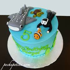 whale baby shower cake themed cakes peche
