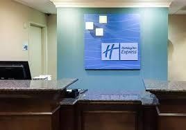 check in desk picture of holiday inn express hotel u0026 suites