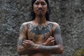tattoo studio bandung indonesian tattooists revive tribal traditions of hand tapping