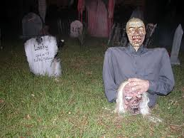 Scary Halloween Decorations Images by Scary Halloween Decorating Ideas