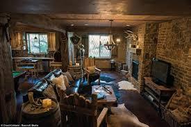9 epic man caves homes and hues
