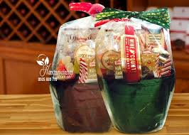 wine and country gift baskets quà tết wine country gift basket của mỹ nhân dịp tết mậu tuất 2018
