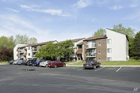 Treehouse West Apartments East Lansing - lansing community college east campus apartments lansing