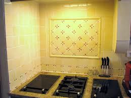 carreaux muraux cuisine carrelage mural cuisine provencale photos pour lzzy co