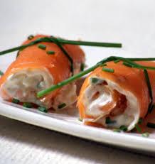 cuisiner saumon fumé roulés de saumon fumé noël les meilleures recettes de cuisine d