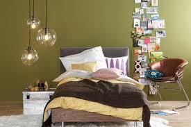 wandfarbe grn schlafzimmer grün im schlafzimmer wirkt entspannend bild 10 living at home