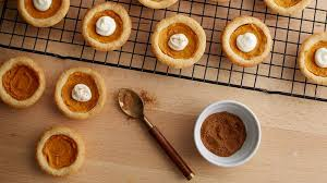 the amazing pumpkin pie sugar cookies that will be just right for