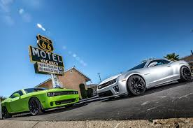 whats better a camaro or challenger dyno mighty challenger srt hellcat camaro zl1 hit the rollers