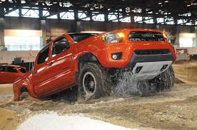 Does Toyota Make Diesel Engines 2015 Toyota Tacoma Reviews And Rating Motor Trend