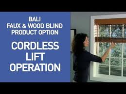 Bali Wooden Blinds Bali Wood And Faux Wood Blinds With Cordless Lift Youtube