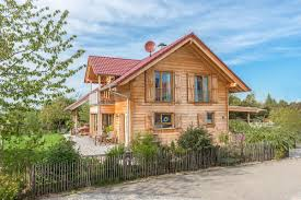 Holzhaus Kaufen Holzblockhaus Massivholzhaus Bauen In Holzbauweise