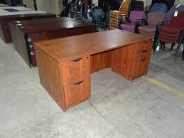 Used Wood Office Desks For Sale Used Office Desk Used Desks Office Furniture Warehouse