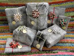 Gift Wrapping Bow Ideas - clever gift wrapping ideas for christmas and birthdays