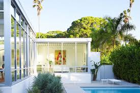 Mid Century Style Home by Midcentury Style Lives On In Fab Weatherproof Florida Home Curbed