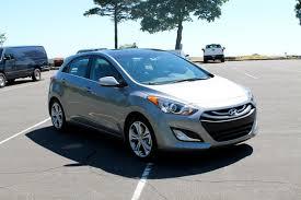 hyundai elantra sedan review drive 2013 hyundai elantra coupe and elantra gt review