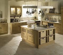 offre cuisine idée relooking cuisine cuisine domaine clair patine le modèle