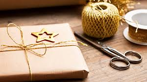 cheap gift wrap stylish but cheap gift wrap ideas