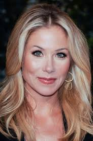how to style hair like joan lunden 7 best christina applegate images on pinterest christina