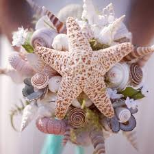 wedding bouquets with seashells diy alternatives to traditional floral wedding bouquets